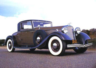 1933 Lincoln KB V-12